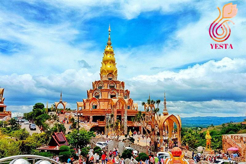 Wat Phra Sorn Kaew2