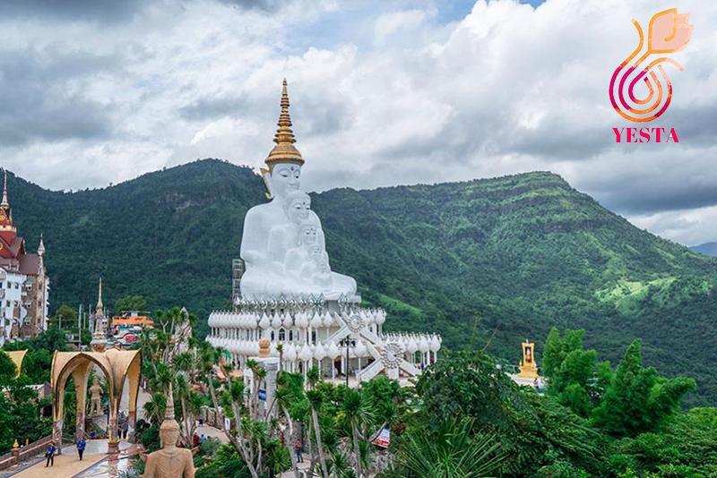 Wat Phra Sorn Kaew
